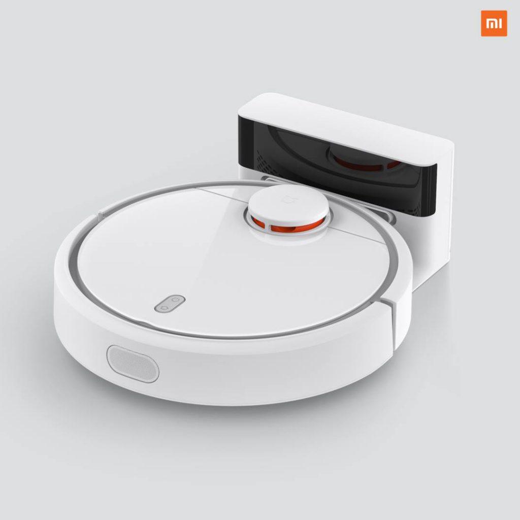 Xiaomi Mi Robot en la base de carga
