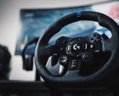 ¡Ideal para las carreras! Nuevo volante Logitech G923 TRUEFORCE
