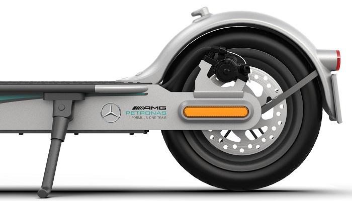 Xiaomi Mi Electric Scooter Pro 2 Mercedes AMG 3